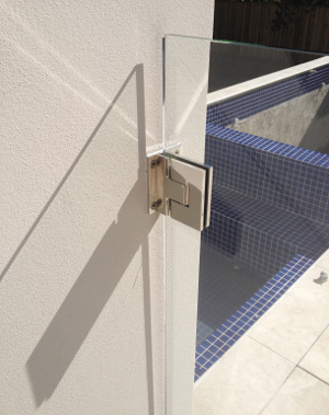 hinge to wall